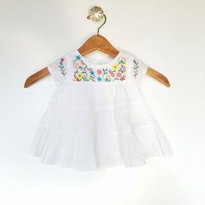 Baby GAP Embroidered flowers dress 0-3 months